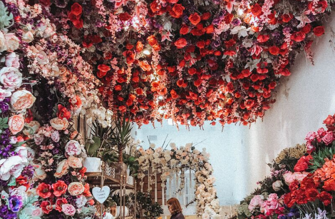 LONDON'S MOST INSTAGRAMMABLE STREET ELIZABETH STREET